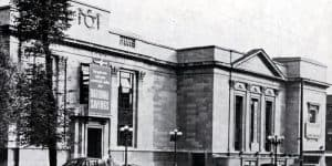 Old picture of Islington Town Hall, Islington Local History Centre